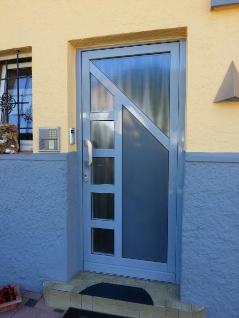 Fensterbau Arnold Fluorn-Winzeln Haustüre